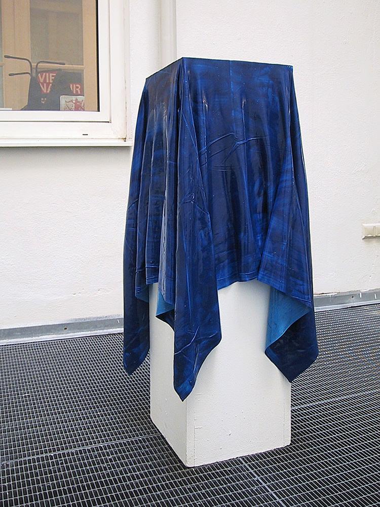 Cover  1, 2007, acrylic color, pedestal , 130 x 130 cm