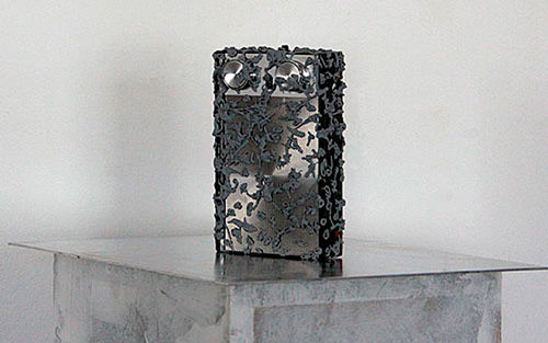 apparati 01, 2008, acrylic color, transistorradio