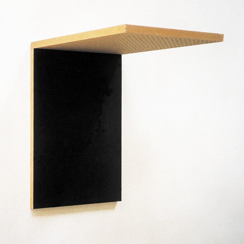 Deck 02, 1997, Mischtechnik auf Holzfaserplatten und Bohrungen 47 x 32 x 45 cm