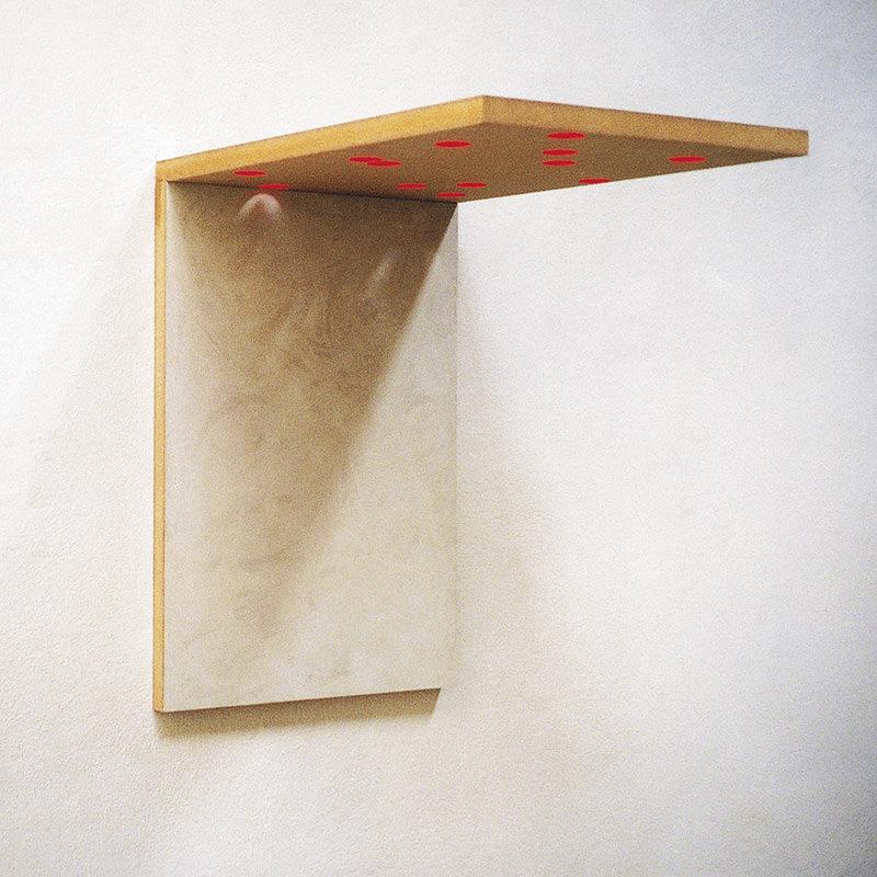 Deck 04, 1997, Mischtechnik auf Holzfaserplatten und Bohrungen 47 x 32 x 45 cm
