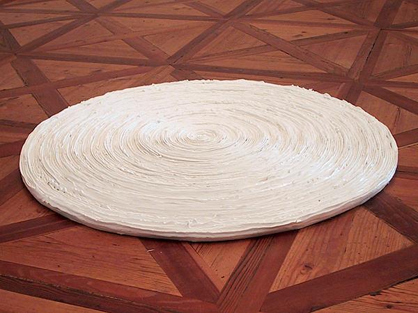 Erinnerungsspirale  2007, diameter ~100 cm, acrylic, wood  @ Galerie 3, Klagenfurt 2007